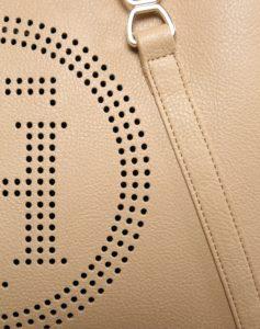 Handtasche von Tommy Hilfiger in Nude.